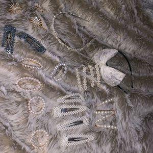 24 NWOT Piece Pearl Hair Accessory Bundle